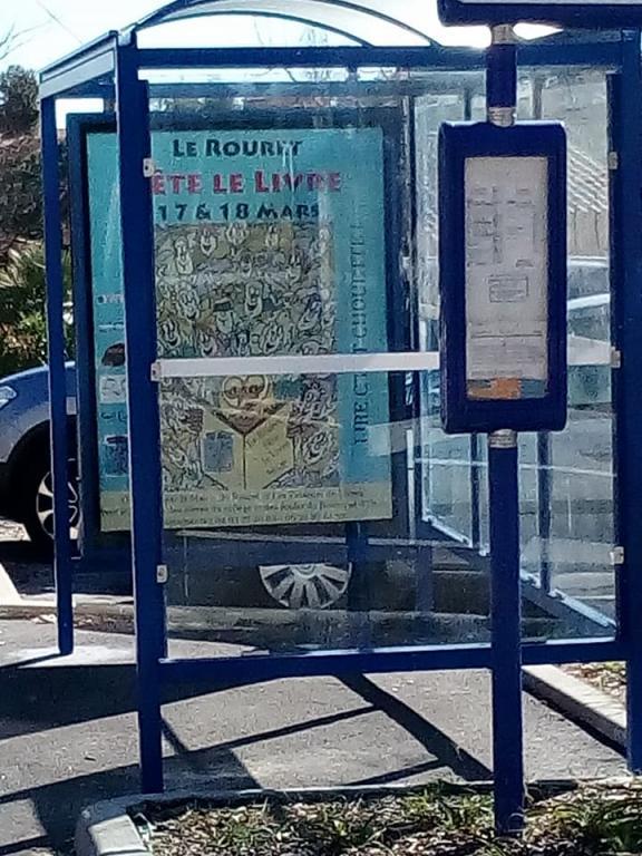 Mon arrêt de bus en venant de Nice
